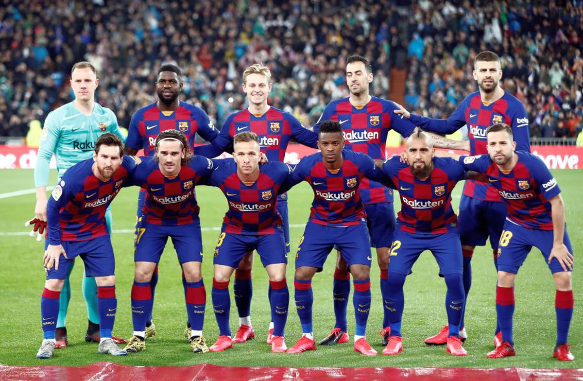 """REAL MADRID - BARCELONA 2-0 // VIDEO + FOTO """"Galacticii"""" s-au întors! Real rupe seria de invincibilitate a Barcelonei și urcă pe primul loc! Messi, inexistent în El Clasico"""