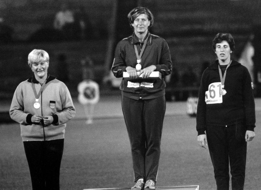 Lia Manoliu în 1968 pe podiumul olimpic FOTO Imago Images