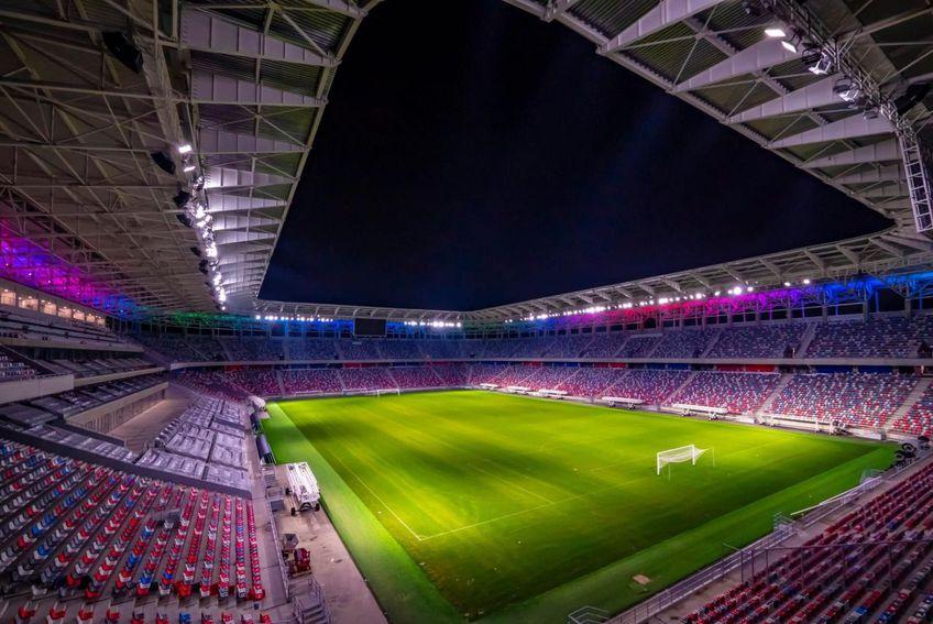 Se pun la punct ultimele detalii la stadionul din Ghencea, iar arena care urmează să găzduiască în principal meciurile celor de la CSA Steaua arată realmente spectaculos.