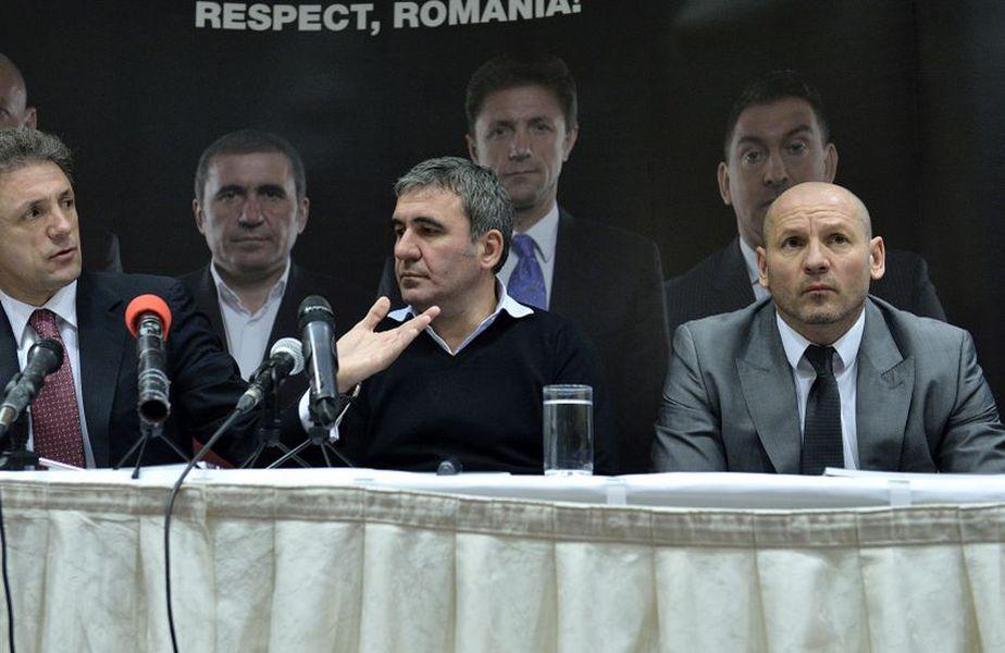Gică Hagi alături de Bogdan Stelea și Gică Popescu, colegi în Generația de Aur a României