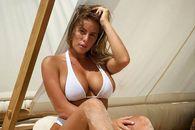 Cine e fotomodelul cu care Reghecampf ar avea o relație » Anamaria a răbufnit