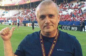 UTA - FCSB. Comentatorul Emil Grădinescu a răbufnit în direct, după cele 3 schimbări ordonate de Becali în minutul 34!