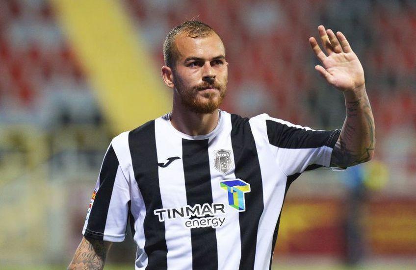 Transferul lui Denis Alibec (29 de ani, atacant) la Al-Qadisiyah a picat. Jucătorul Astrei Giurgiu este la un pas să semneze cu Kayserispor (Turcia).