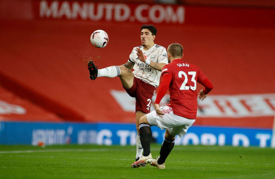 Manchester United și Arsenal de întâlnesc astăzi, de la 18:30, în derby-ul etapei cu numărul 7 din Premier League.