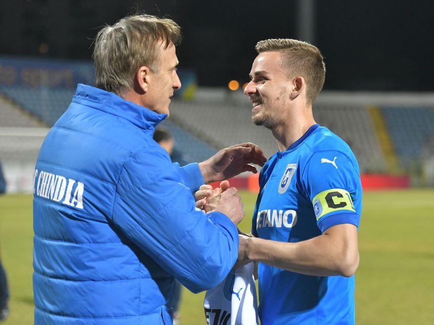 Emil Săndoi a împlinit astăzi 56 de ani, dar elevii săi nu au putut să îi ofere o calificare în semifinalele Cupei României. Chindia a fost învinsă de CS Universitatea Craiova, scor 0-1.
