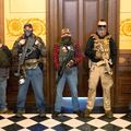 Camera Legislativă a statului american Michigan a fost luată cu asalt, după ce guvernatoarea democrată a decis să prelungească perioada de izolare cu 28 de zile.