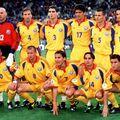 Miodrag Belodedici (numărul 17), în echipa României de la EURO 2000
