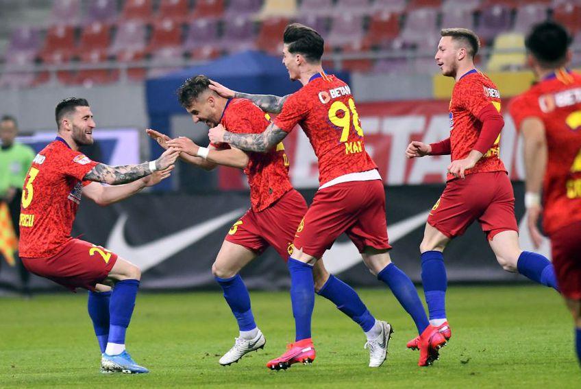 Ilie Dumitrescu a dezvăluit faptul că fotbaliștii de la FCSB nu tratează antrenamentele cu seriozitate
