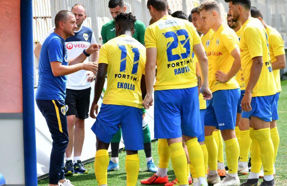 5 fotbaliști de la Petrolul au fost depistați pozitiv cu COVID-19, printre care și Hamza