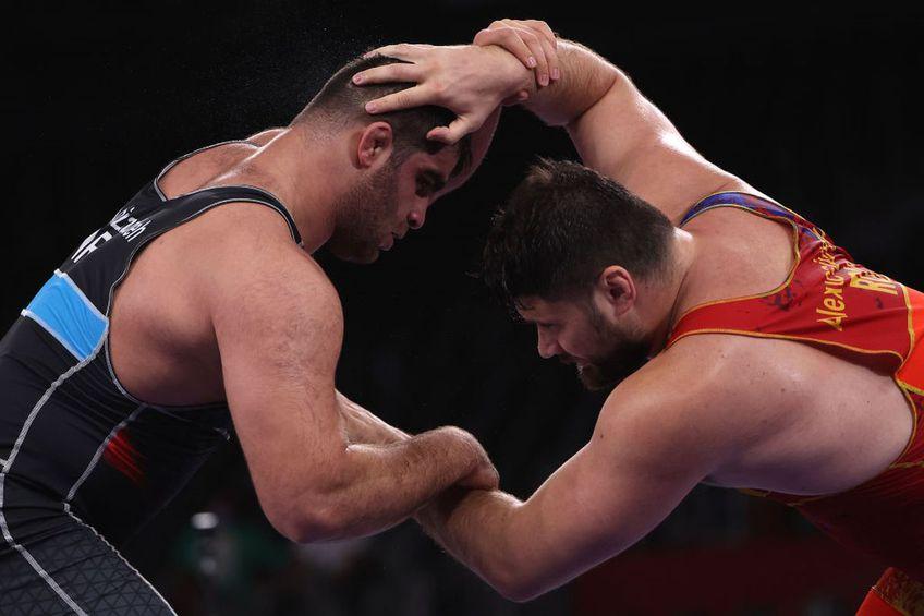Alin Alexuc a fost eliminat din recalificările de la categoria 130 kg. Foto:GettyImages