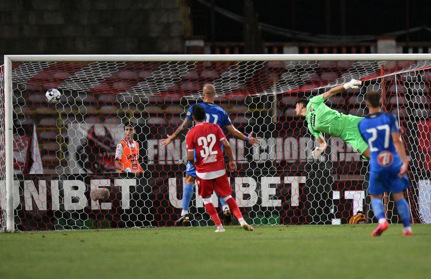 Eșanu, învins de Cioiu în Dinamo - Clinceni // FOTO: Cristi Preda