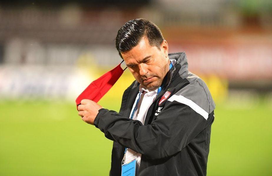 """Cosmin Contra, 44 de ani, așteaptă din moment în moment despărțirea oficială de Dinamo. """"Guriță"""" își reproșează naivitatea din startul mandatului."""