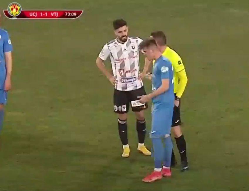 Partida dintre U Cluj și Viitorul Pandurii Tg. Jiu a avut un final extrem de tensionat. În minutul 74, la scorul de 1-1, Srdjan Luchin a văzut cartonașul roșu, la o fază în care clujenii au cerut penalty.