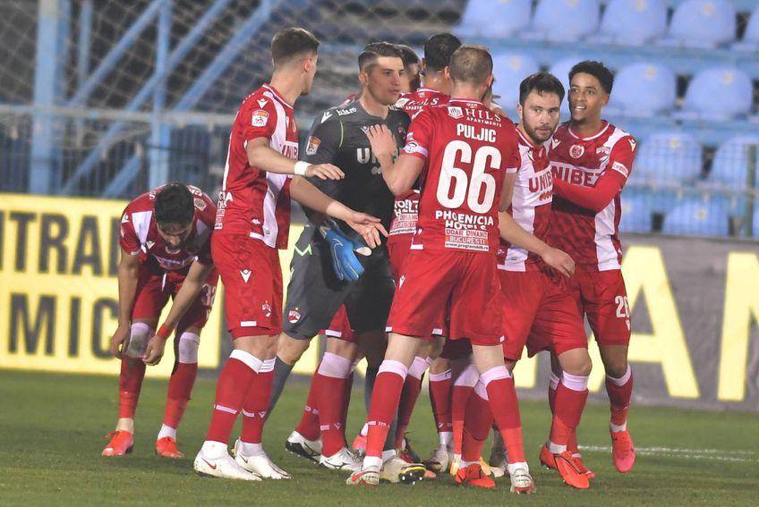 Dinamo nu va putea miza pe Răuță în acest final de sezon // foto: Imago