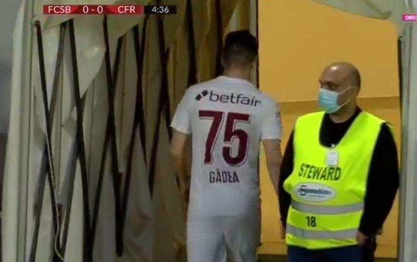 Mihai Gîdea (21 de ani, mijlocaș ofensiv) a fost schimbat în minutul 4 al meciului FCSB - CFR Cluj, derby-ul rundei #5 din play-off, și a plecat direct la vestiare!