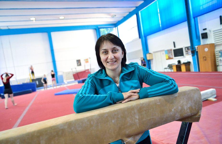 Gina Gogean în sala de la Deva FOTO Raed Krishan