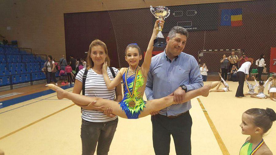 Corina și Nicolae Rusu, părinții micuței gimnaste FOTO Arhivă personală