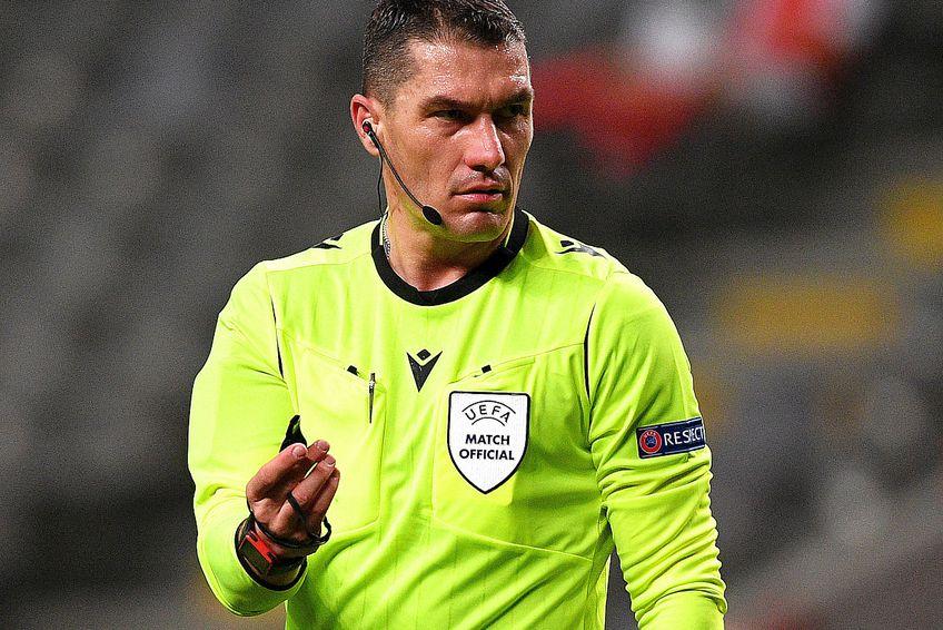 Istvan Kovacs arbitrează Al Shabab - Al Hilal // FOTO: Guliver/GettyImages