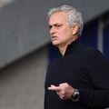 Portughezul Jose Mourinho (58 de ani) a fost prezentat oficial la AS Roma. Performanțele portughezului din perioada recentă au fost motiv de glumă pentru o companie aeriană.