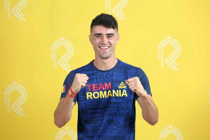 Naționala U23 a României a realizat o sesiune foto în echipamentu olimpic / Sursă foto: frf.ro
