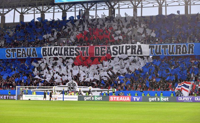 Fanii celor de la CSA Steaua au continuat războiul cu Gigi Becali și la meciul cu Csikszereda, din prima etapă a ligii secunde.