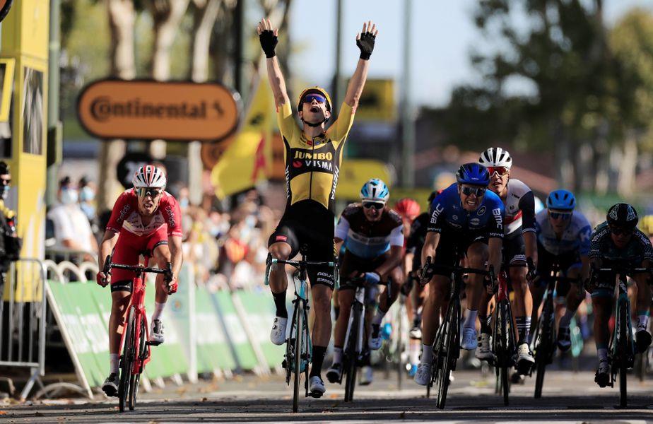 Wout van Aert și bucuria sa de la final FOTO Reuters