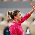Patricia Țig și Andreea Mitu au fost ultimele românce rămase în concurs duminică, ele pierzând în optimi de finală în fața dublului Timea Babos/Kristina Maldenovic, scor 2-6, 3-6.