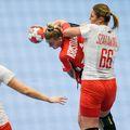România nu ar trebui să aibă probleme cu Polonia, în al doilea meci de la Campionatul European de handbal feminin. Adversarelor le lipsesc cele mai importante două jucătoare.