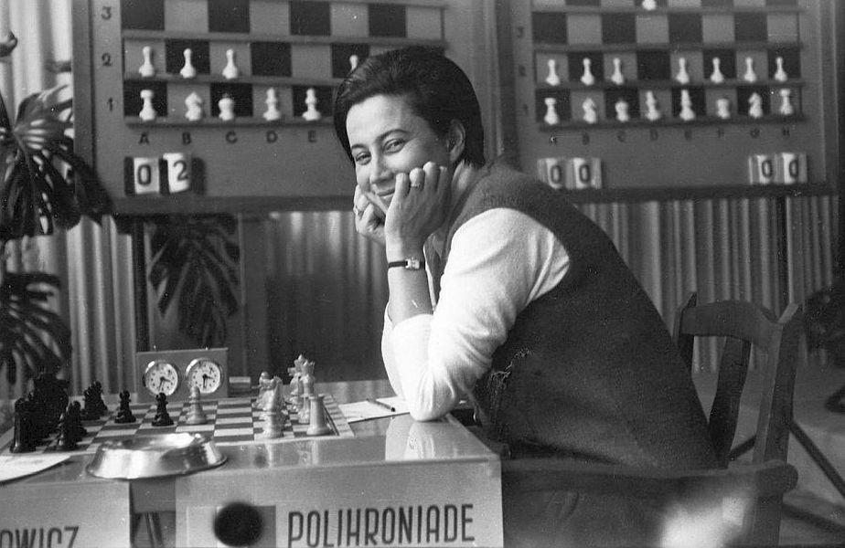 Elisabeta Polihroniade în timpul unuia dintre concursurile internaționale care i-au adus faimă