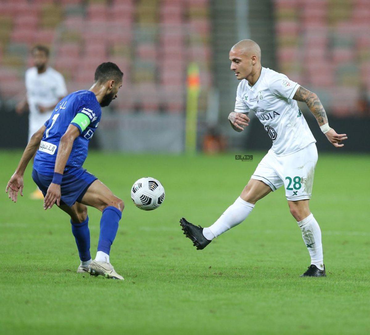 FOTO Alex Mitriță la Al Ahli - imagini din mai multe meciuri