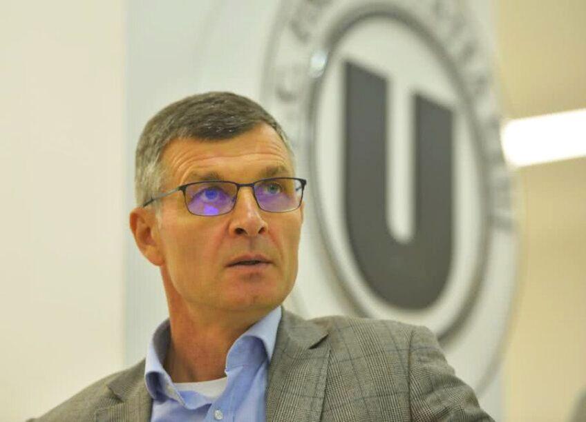 Vladimir Cohn, fost finanțator la Dinamo, îl propune pe Ioan Ovidiu Sabău (53 de ani) în funcția de director al Comisiei Tehnice, în locul lui Mihai Stoichiță (66 de ani) .