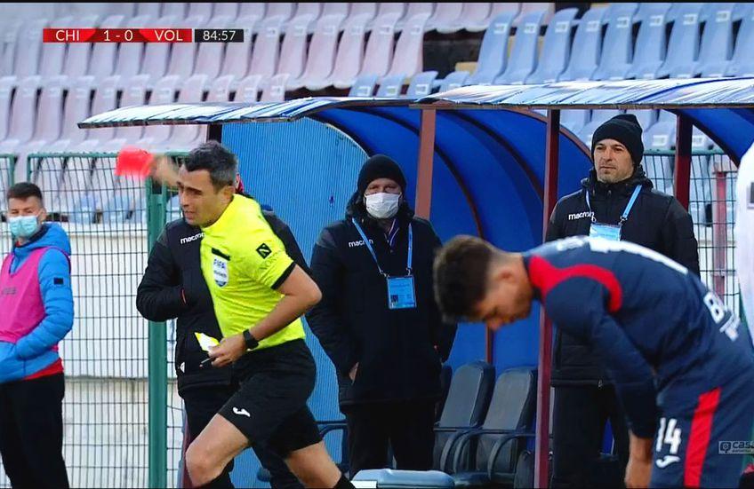 Bogdan Andone (46 de ani), antrenorul celor de la FC Voluntari, a fost eliminat în minutul 85 al înfrângerii cu Chindia Târgoviște, scor 0-1.