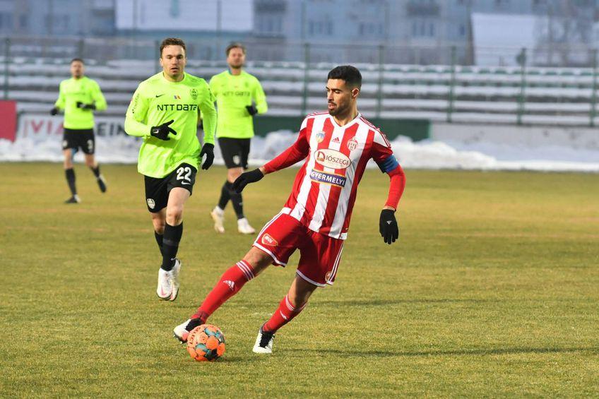 Ștefan Gadola, acționarul minoritar al celor de la CFR Cluj, a vorbit la GSP Live despre transferul lui Rachid Bouhenna (29 de ani, fundaș central) de la Sepsi.