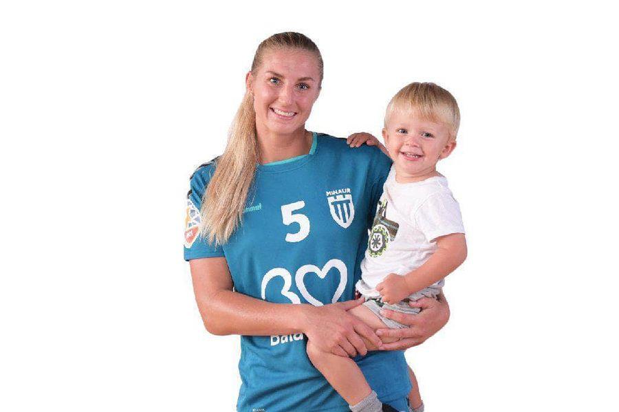 Sacrificiu de mamă » Povestea suedezei Linn Blohm, cel mai bun pivot din lume, care evoluează la Minaur Baia Mare