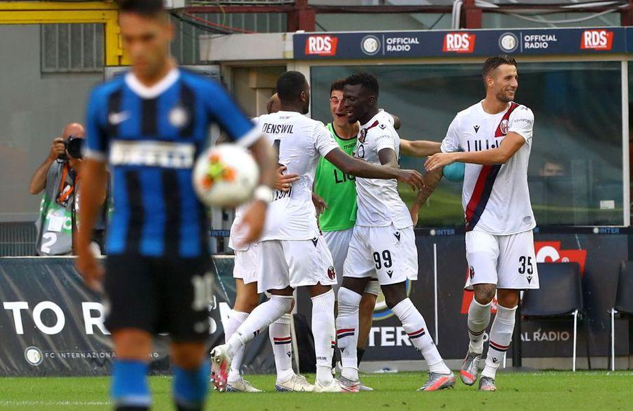 Inter a pierdut meciul cu Bologna, scor 1-2, iar Lautaro Martinez (stânga) a ratat un penalty pentru învinși // foto: Guliver/gettyimages