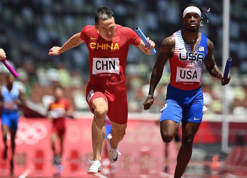 La 4x100 m s-a produs marea surpriză a zilei la Tokyo. Echipa Statelor Unite, cu doi finaliști la 100m, a terminat pe locul 6 semifinala, foto: Imago