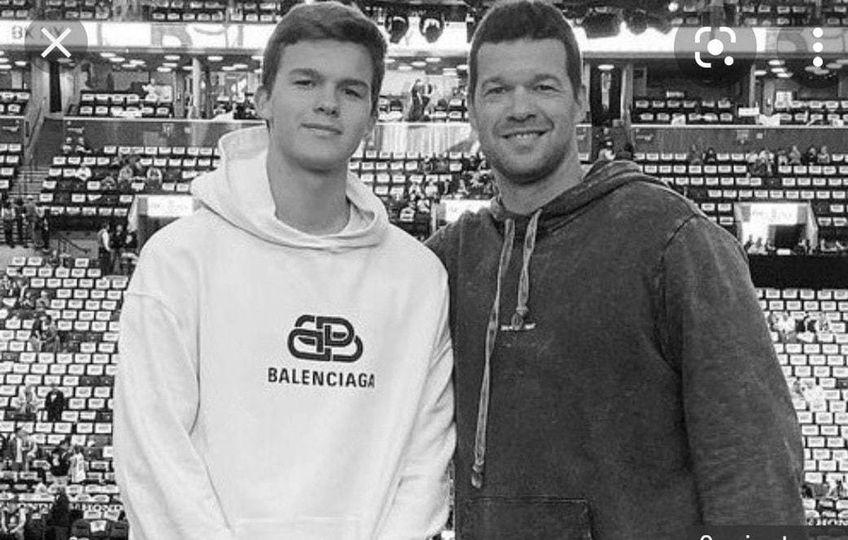 Emiliano Ballack (stânga) a decedat la numai 18 ani