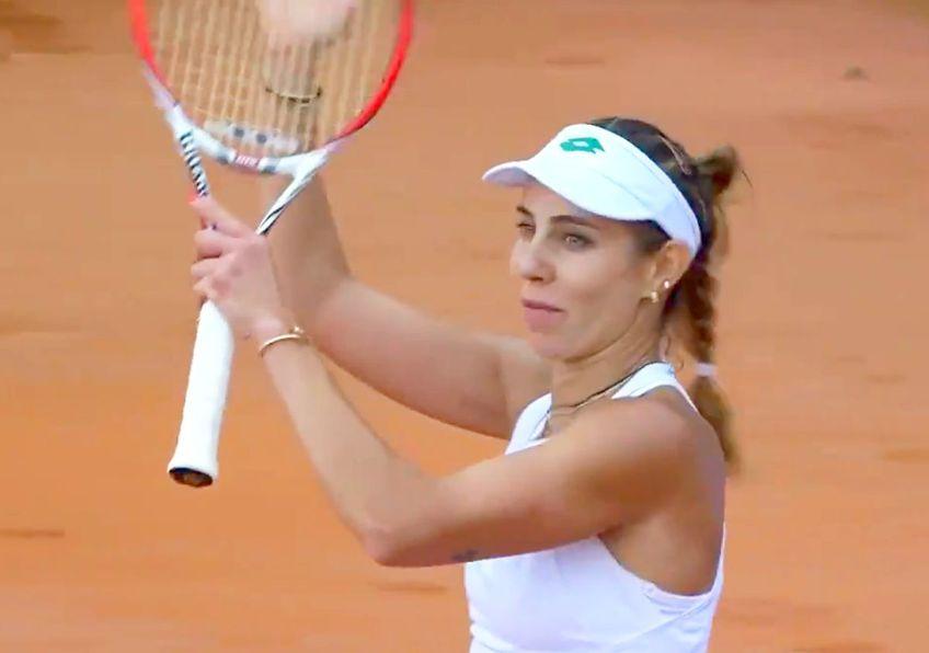 Mihaela Buzărnescu (170 WTA) a învins-o pe Lara Arruabarrena-Vecino (198 WTA), scor 6-3, 7-5, și s-a calificat în sferturile de finală de la Winners Open, turneu WTA organizat la Cluj.