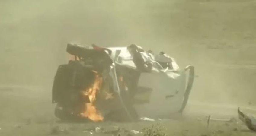 """Mașina celebrului pilot Simone Tempestini, Citroen C3 R5, evaluată la aproximativ 300.000 de euro, a luat foc după ce italianul s-a răsturnat de mai multe ori, """"plutind"""" pentru câteva momente și în aer"""