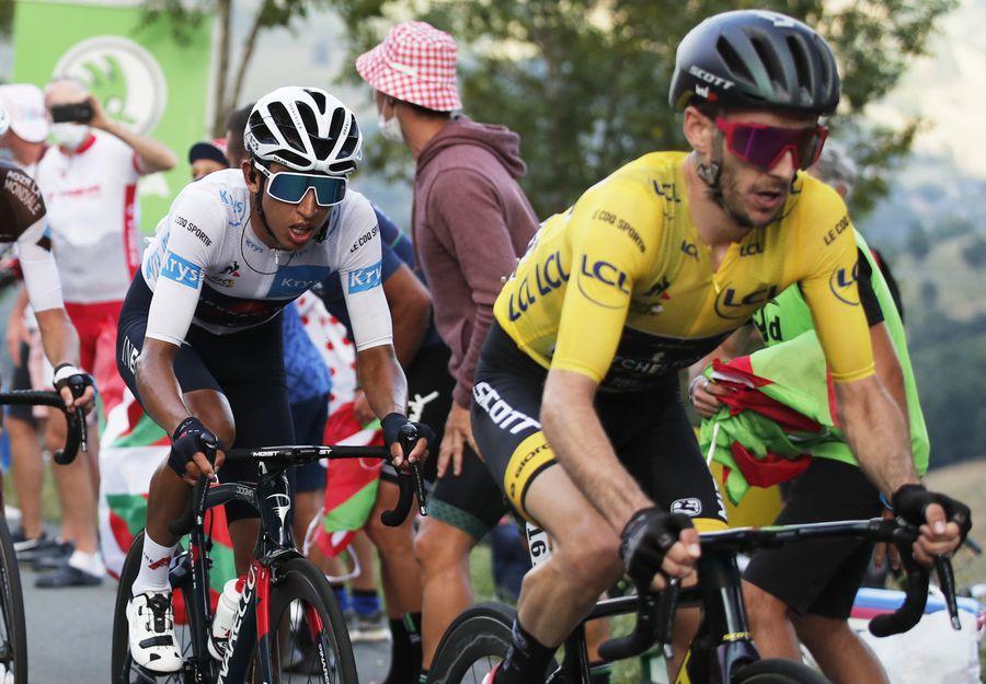 Egan Bernal și Adam Yates în timpul etapei a 8-a FOTO Reuters