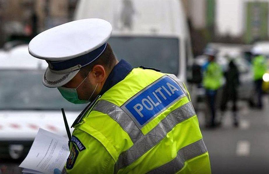 Poliția Română îi amendează pe cei care nu respectă prevederile Ordonanței Militară