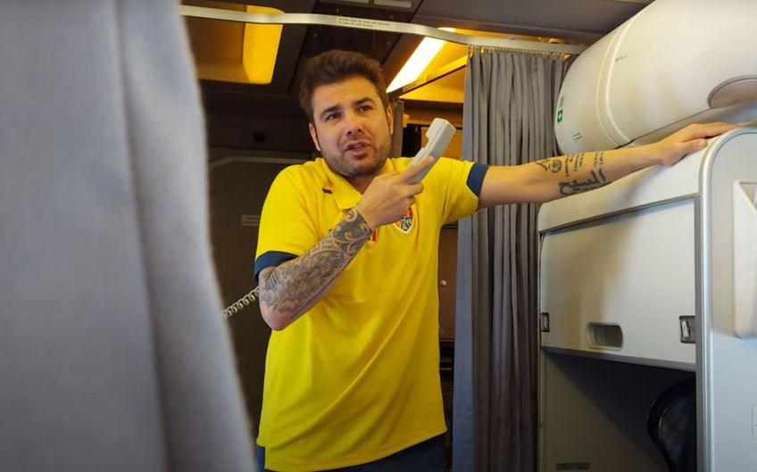 """Adrian Mutu, 42 de ani, selecționerul României U21, le-a mulțumit în avionul de întoarcere """"tricolorilor"""" mici pentru parcursul de la Campionatul European de tineret."""