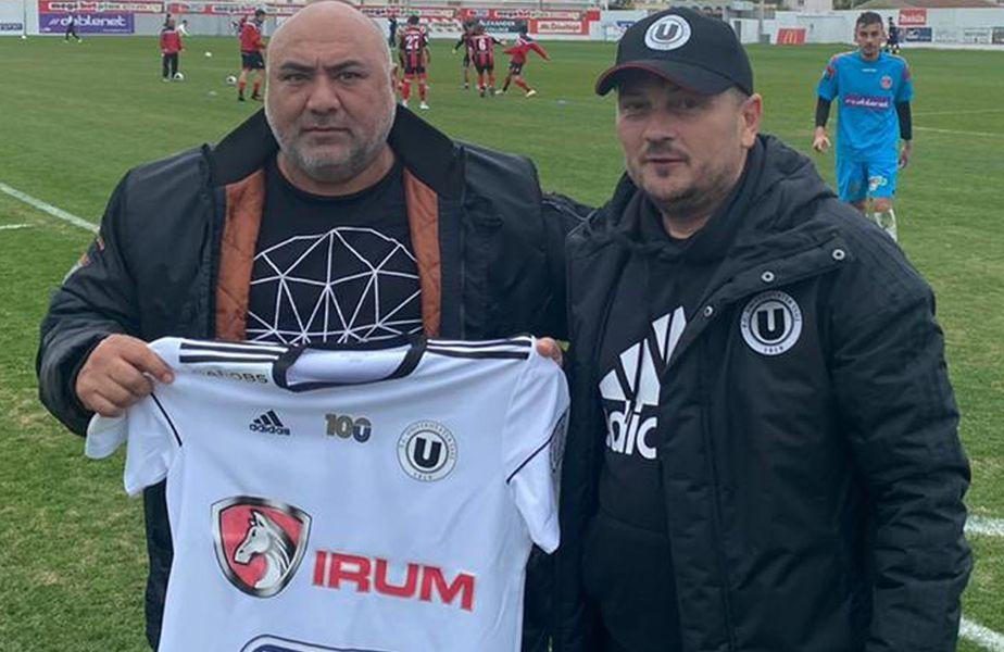 Lucas Fanieros alături de Daniel Stanciu, director executiv U Cluj, după un meci amical. Sursă foto: facebook FC Universitatea Cluj