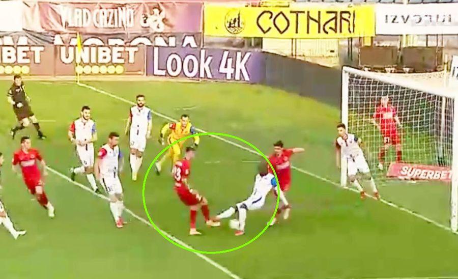 """Cojocaru a făcut praf Botoșani - FCSB! Verdictele lui Crăciunescu: două penalty-uri neacordate, unul dictat greșit + două faze de """"roșu"""""""