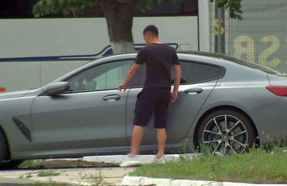 Olimpiu Moruțan, alături de BMW-ul criticat de Becali. Sursă foto: Captură Antena Sport