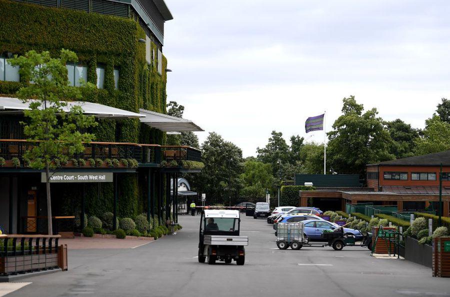 Wimbledon se joacă pe GSP.ro » Tradiție mai presus de orice: regulile All England Club, de la Middle Sunday și reverența spre loja regală până la dungile colorate de doar un centimetru