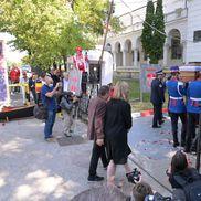 Trupul neînsufleţit al lui Ivan Patzaichin a fost depus la sediul clubului Dinamo / foto: Raed Krishan(GSP)