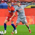 Florin Tănase (roșu), în FCSB - UTA 3-0