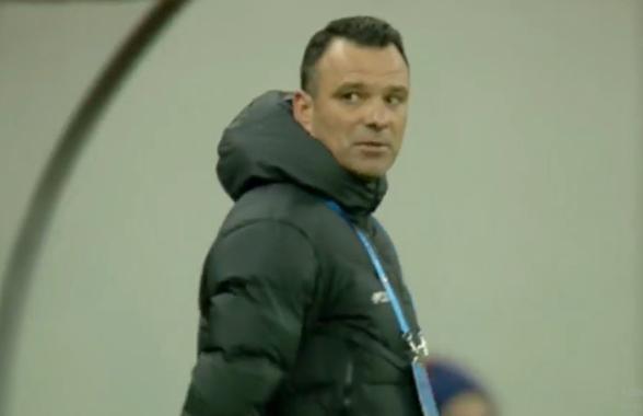 """FCSB - Clinceni. Toni Petrea a cedat în timpul meciului: """"Vă bateți joc!"""""""