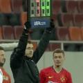 La pauza meciului dintre FCSB și Clinceni, Toni Petrea, antrenorul roș-albaștrilor, a efectuat nu mai puțin de 3 schimbări!